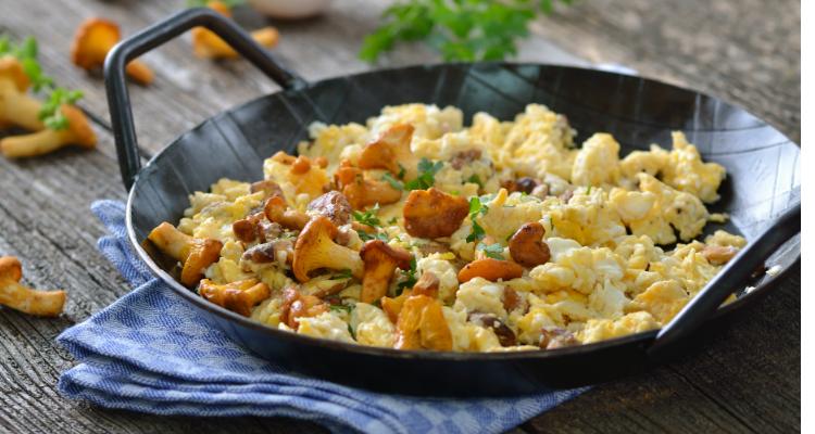 reteta omleta cu galbiori